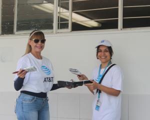 comunidades, AT&T, voluntariado